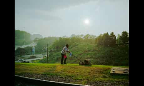 Pittsburgh (Man cutting grass), 2004 by Paul Graham from a shimmer of possibility