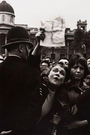 Don McCullin: Woman waves a swastika, Don McCullin, National socialist rally