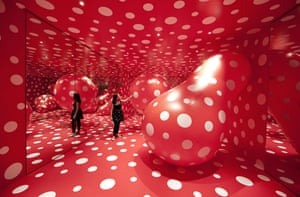Walking In My Mind : Yayoi Kusama