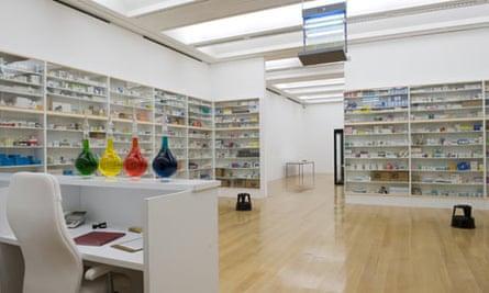 Damien Hirst's Pharmacy (1992)