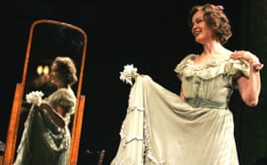Jessica Lange as Amanda Wingfield in The Glass Menagerie at the Apollo theatre