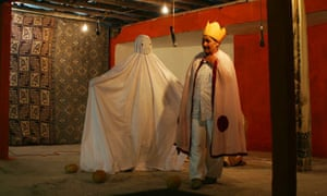 Hamlet performed in Turkey by the Arslanköy Women's Theatre Group