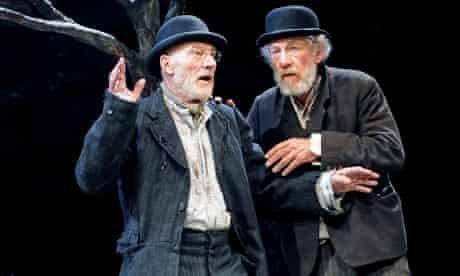 Patrick Stewart (Vladimir) and Ian McKellen (Estragon) in Waiting for Godot