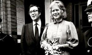 Harold Pinter and Lady Antonia Fraser at their wedding