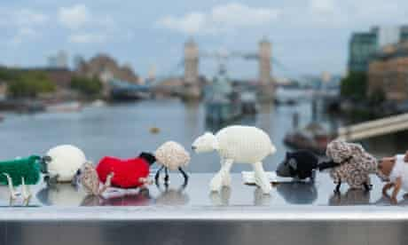 Knit the City take the Thames