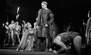 Laurence Olivier and Vivien Leigh in Titus Andronicus