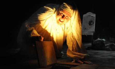 Andy Gray as The Miser