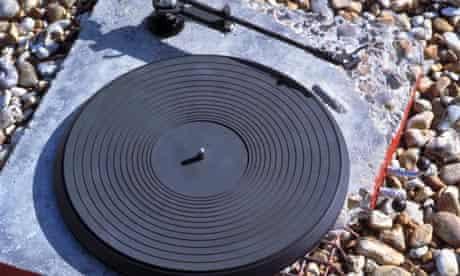 Ron Arad's concrete stereo