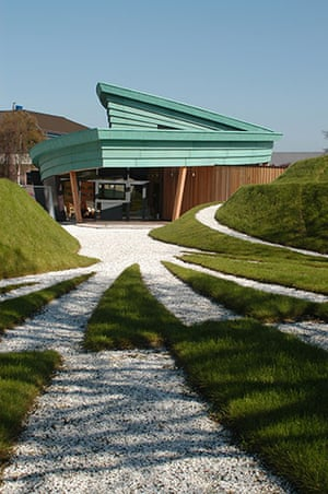 Maggie's Centres: Maggie's Centre Highlands by Page \ Park
