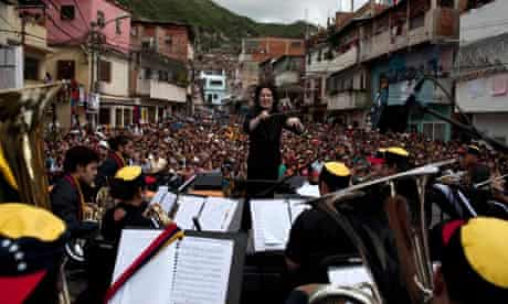 Gustavo Dudamel conducts on Caracas's streets