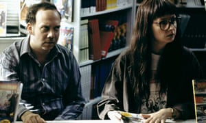 Paul Giamatti and Hope Davis in American Splendor (2003)