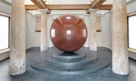 Walter de Maria's Large Red Sphere, at the Turkentor