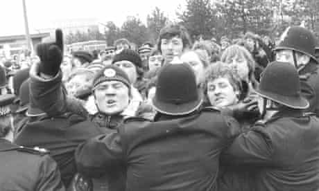 Police hold off the striking miners at Thorsby Colliery, Northamptonshire