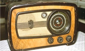 An old radio set