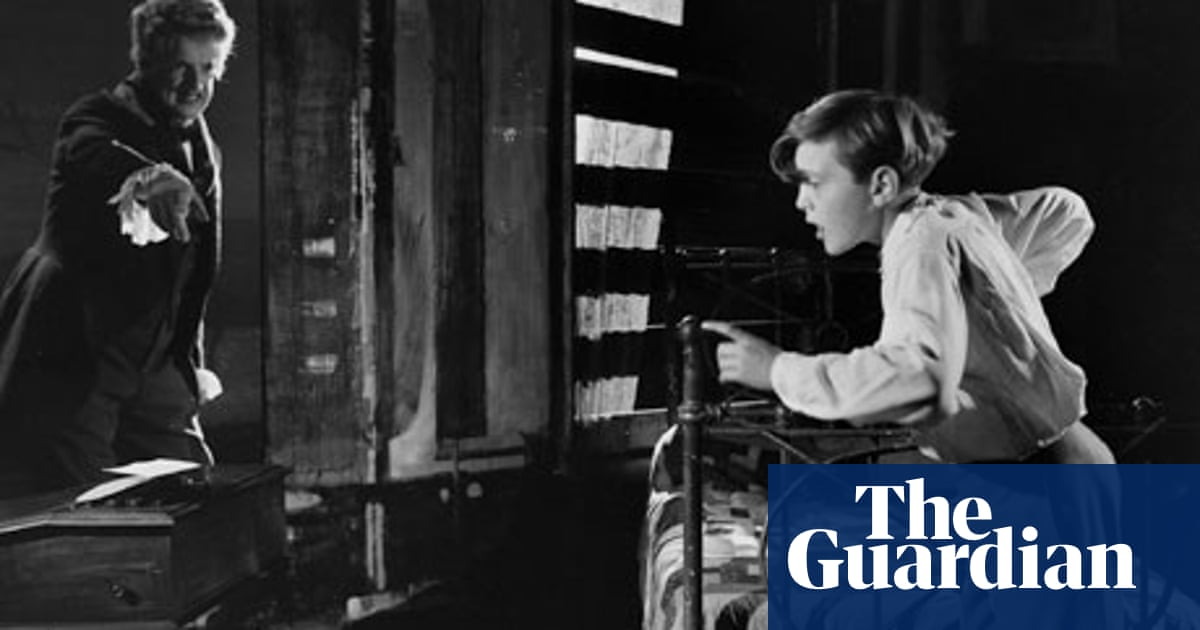 The Turn of the Screw - preview | Music | The Guardian