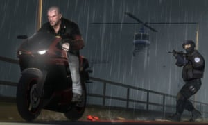 A man steals a motorbike in Grand Theft Auto