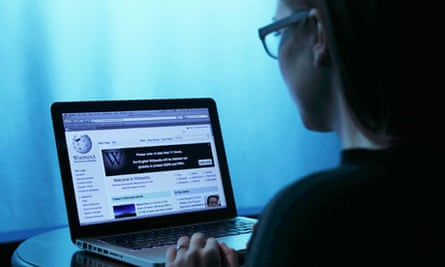 Web of deceit … a factoid fan visits the Wikipedia homepage.