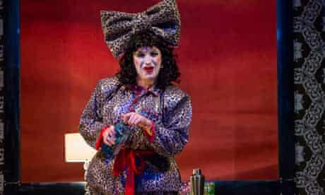 Johnny McKnight as Aganeza Scrooge