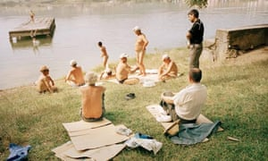Tom Craig's photograph of Albanian bathers