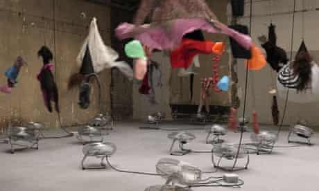 Annette Messager, Motion/Emotion, 2012