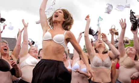 Trinny and Susannah - bras pic