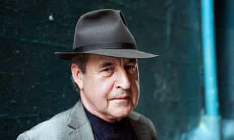 John Banville is stepping into Raymond Chandler's shoes