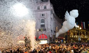 A scene from Place des Anges at Piccadilly Circus