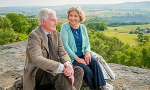 Derek Jacobi and Anne Reid in Last Tango in Halifax.