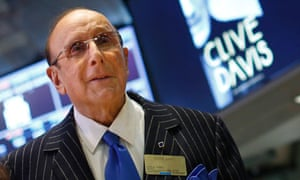 Music mogul Clive Davis comes out as bisexual in new memoir
