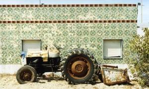 Culatra 08, Traktor#1 by Joachim Brohm - in Places and Edges at Brancolini Grimaldi