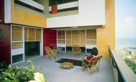 Charles Correa's Kanchanjunga apartment block