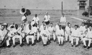 Wynne prison band