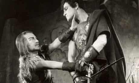 Secret Actor: Laurence Olivier and Anthony Nicholls in Coriolanus, 1959