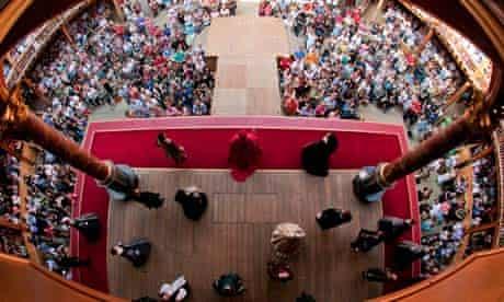 Henry VIII at Shakespeare's Globe theatre