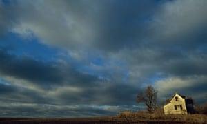 The Nebraska landscape dwarfs its protagonists in Willa Cather's O Pioneers