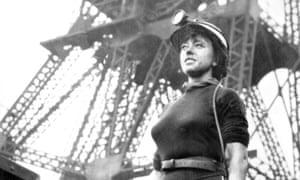 Lovely War - Joan Littlewood at a mine in Swinton, Lancashire
