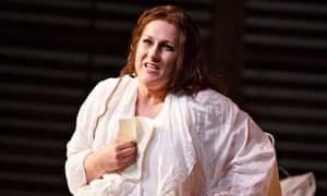 Diana Damrau in La Traviata