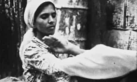 A still from Tal Al Za'ater (1977)