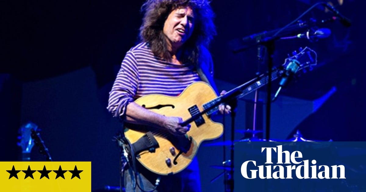 Pat Metheny Unity Band review – edgy jazz and much-loved 80s hits