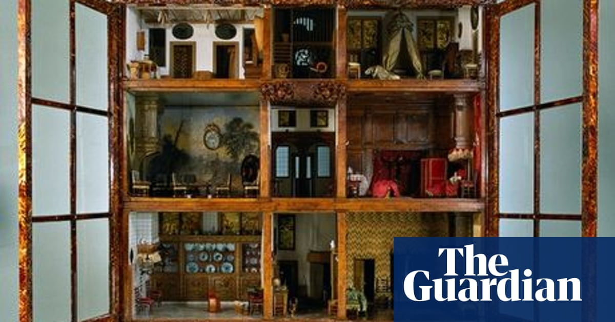 The Miniaturist By Jessie Burton Review History With A Modern Day