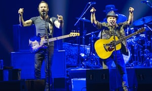 Sting and Paul Simon perform on their On Stage Together tour