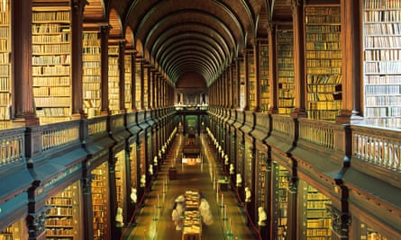 Long Room, Old Library, Trinity College Library, Trinity College, Dublin, Ireland