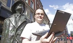 Rory McCann and James Joyce sculpture