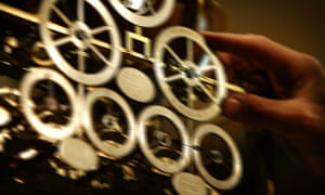Astronomical skeleton clock