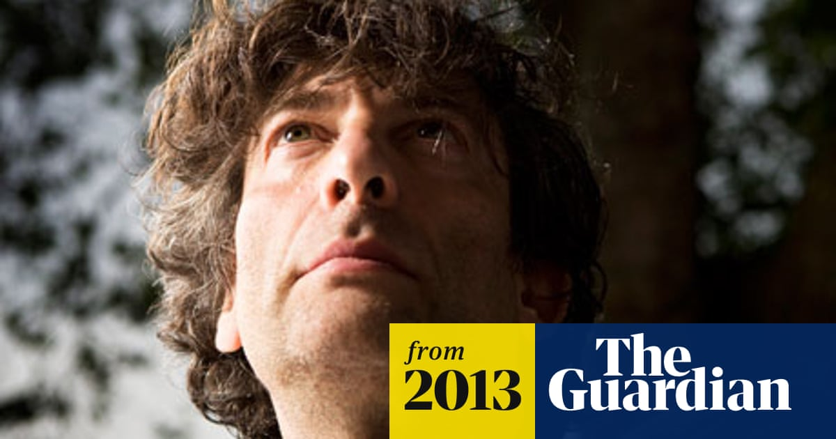 Neil Gaiman urges publishers to 'make mistakes' in uncertain new era