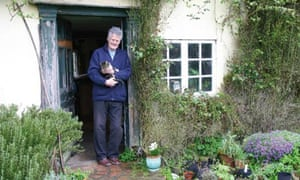 Roger Deakin in his Suffolk cottage
