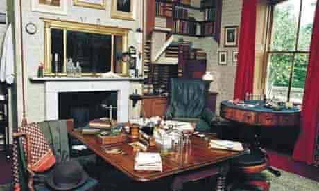 Writers' rooms: Charles Darwin
