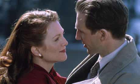 Julianne Moore and Ralph Fiennes in The End of the Affair