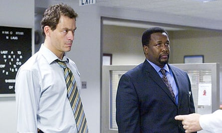 Dominic West (L) and Wendell Pierce in The Wire