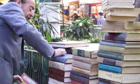 Bookseller in the Sahaflar Carsisi Old Book Bazaar near the Grand Bazaar, Istanbul, Turkey